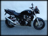 GSX1400-Blacksteel-Totale-l