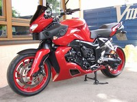Spoiler-fuer-K1300R-Totale-rot-links