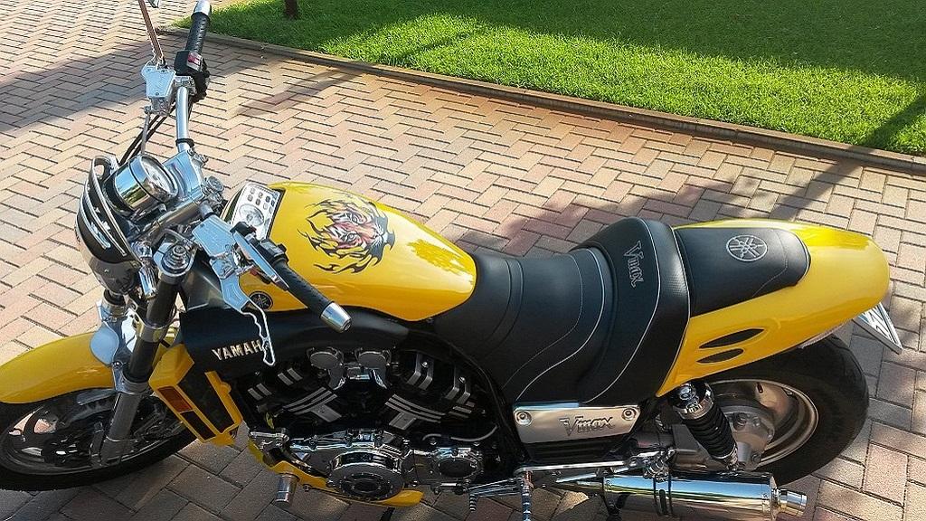 Schwabenmax Motorradzubehoer Und Motorradtuning In Premiumqualitaet Spezialisiert Auf Motorrad Tuning Und Veredelung Für Vmax K1200r Und K1300r Gaswegverkuerzung Fuer Dein Motorrad Detailansicht Hebel Probrake Tector Brems Und Kupplungshebel
